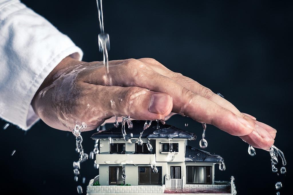 自宅を守ろう!自宅でできる雨漏りチェック方法